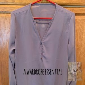 Tops - Sheer long sleeve V-neck blouse size XL (B)
